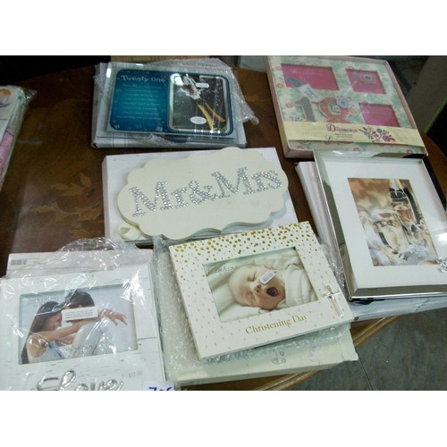 705 - Lot of Photo and Picture Frames...