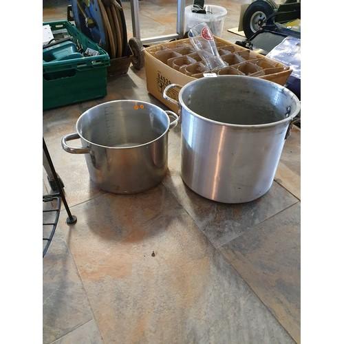 403 - 2 Aluminum Cooking Pots (sas)...