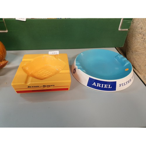 221 - Ariel (Wade sd) and B & H Ashtrays...