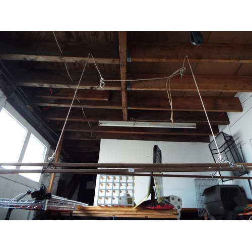 22 - Vintage Wooden Pulley Washing Airer/Pan Rack...