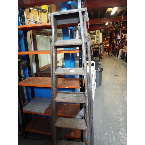 33 - Wooden 6 Tread Stepladder...