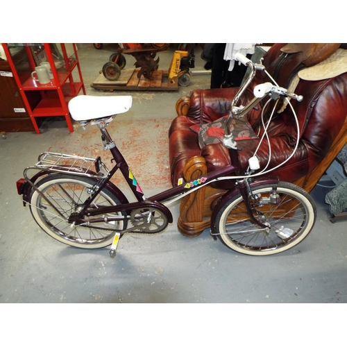 19 - Small Wheel Tourer Bike with 3 Speed Sturmeyarcher Gears and a Dynamo With Lights VGC...