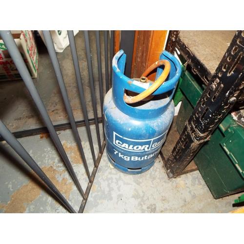 20 - Full Calor Gas Bottle and Regulator from BBQ...