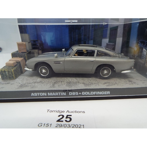 25 - James Bond Aston Martin DB5 007 Goldfinger - 1/43 MODEL DY025 (C24)