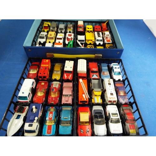29 - Original Matchbox Carry Case with 48 Vehicles (C0)