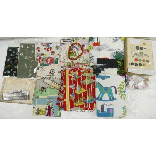 120 - A variety of 1950's/60's fabric samples, various retro plastic button sets, and other vintage pieces...
