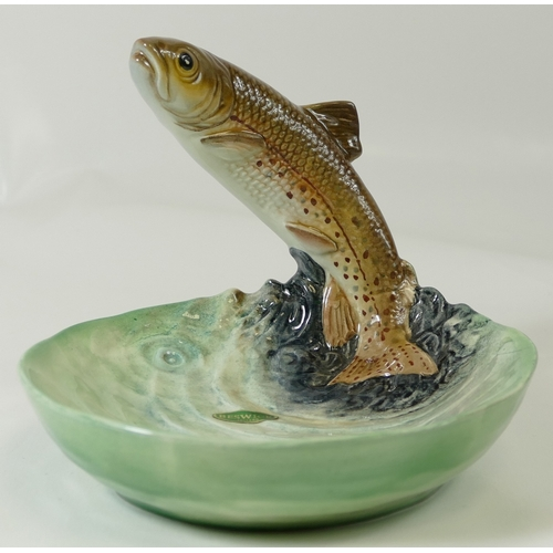 582 - Beswick bowl with a Trout (unmarked)...