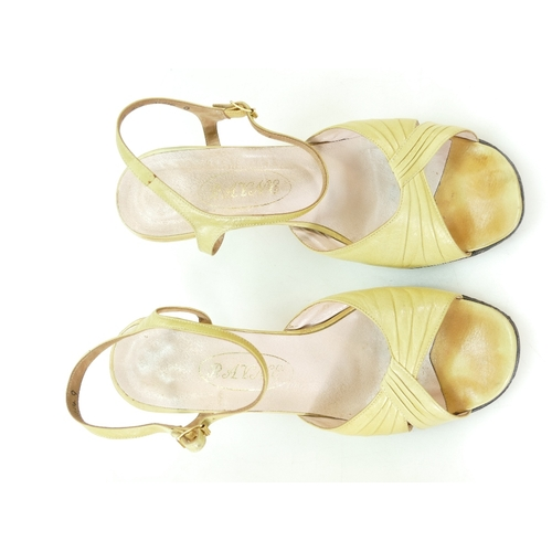 636 - Pair of 1980s Rayne Toscanna Primrose leather ladies shoes with Wedgwood yellow Jasperware heels, in...