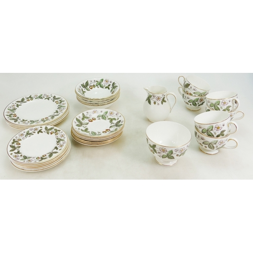 657 - A collection of Wedgwood Strawberry Hill patterned dinner and teaware, some seconds (38 pieces)...