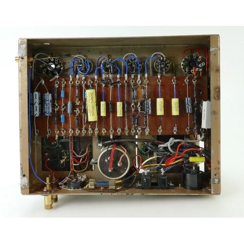 750 - A Leak TL/12 Plus valve power amplifier...
