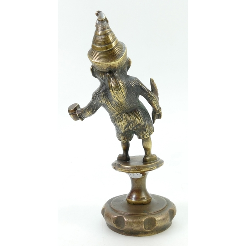805 - Early 20th century bronze car mascot figure of Mr Punch, height 18.5cm...