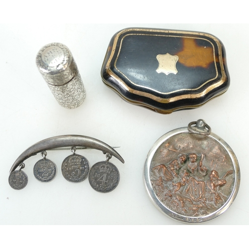 902 - Small group of items including a tortoiseshell sewing case with gilt mounts 6.5cm wide, a Sampson Mo...