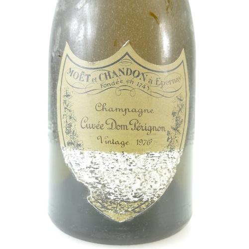 941 - Moet & Chandon Cuvee Dom Perignon 1976...