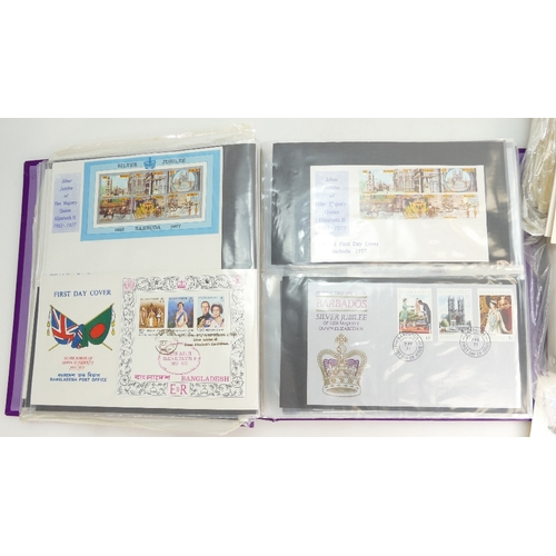 969 - Queens Silver Jubilee album containing many Commonwealth stamp covers, together with many loose 25th...