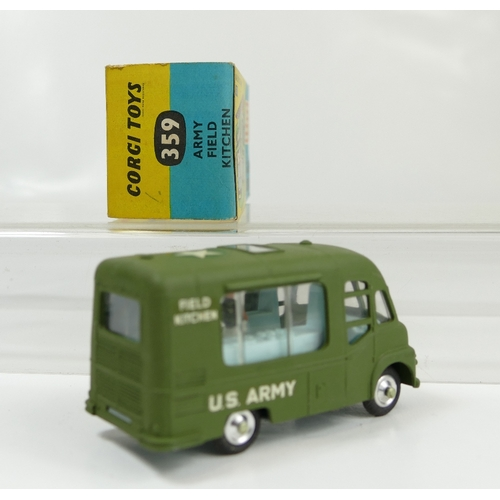 1022 - Corgi 359 Green Army Field Kitchen Van in mint condition and in original good+ condition box. Comple...
