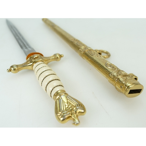 1090 - German naval officers dagger with fine Solingen etched blade & gilded scabbard. 42cm long....