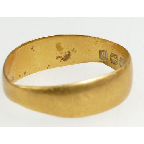 1339 - 22ct Gold Wedding ring, 3 grams...