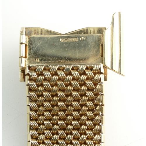 1407 - 9ct Ladies adjustable bracelet set with Sapphires, 65.9 grams...