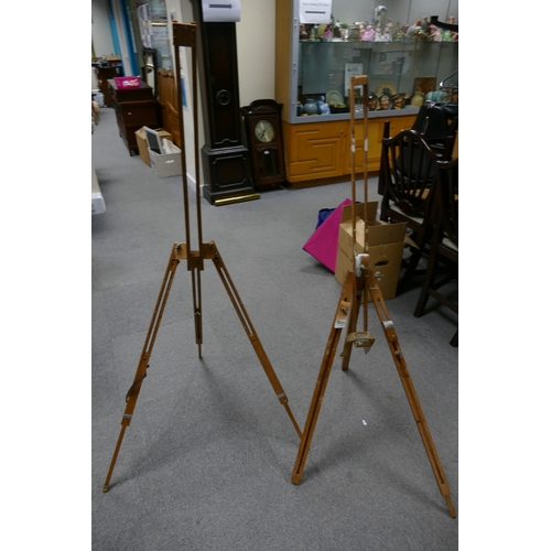 33 - Two vintage artist easels...