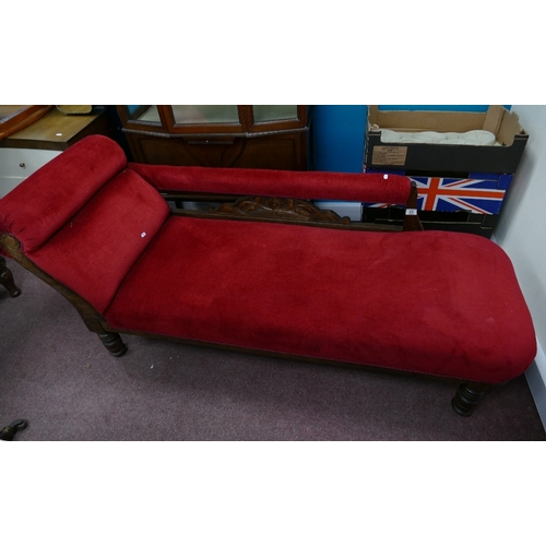 41 - Edwardian chaise lounge in red velvet upholstery...