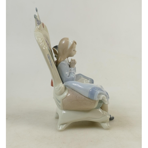 7 - Lladro large figure titled 'Alice in Wonderland': A large Lladro privilege gold figure dated 2009, h...