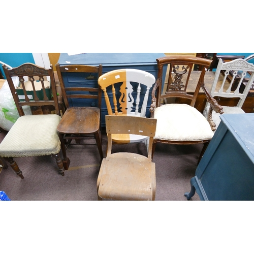 1H - A collection of vintage chairs. (6) :...