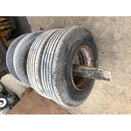13 - 2 Low loader wheels and tyres 9.5x17.5...