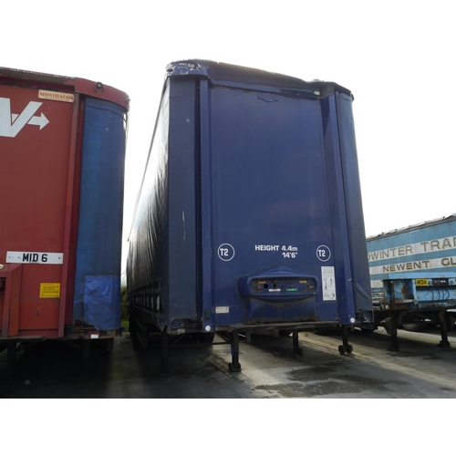 16 - DonBur tri axle trailer, curtainside, 45ft, air suspension. Test expiry June 2018....