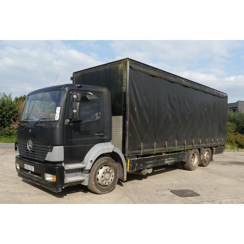 24 - Mercedes Tego 2528 curtainside lorry. 26Ton, air suspension front and rear, rear wheel steer. MOT ex...