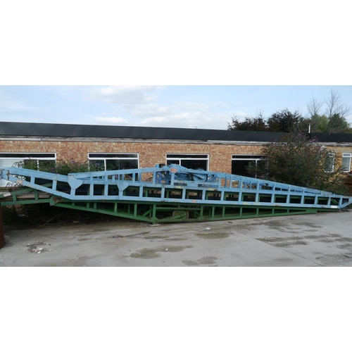 5 - Steel container loading ramp, blue...