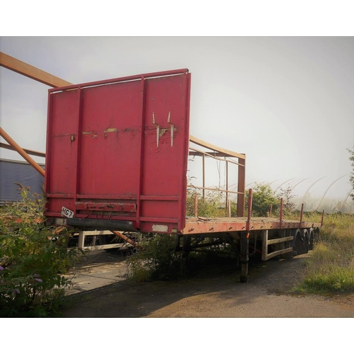 6 - Paxton tri axle trailer, flat bed, 45ft, incomplete, 1986...