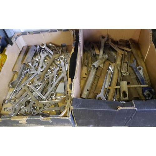217 - 2 Boxes spanners...