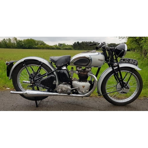 569 - Triumph Tiger 100 500cc twin motorcycle. 1939. Frame No- TF1805, Engine No- 9T22569. Owned by CP Bla...