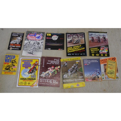 32 - 1980-89 World Speedway Final programmes...
