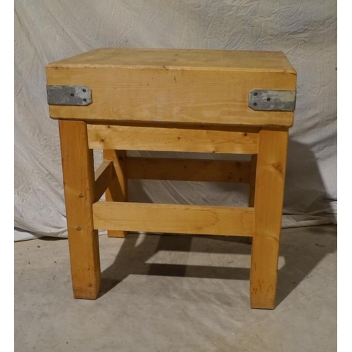 10 - Butchers block on stand 30x24