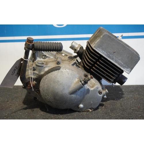 47 - Suzuki ZR50 engine, bottom end and barrel...