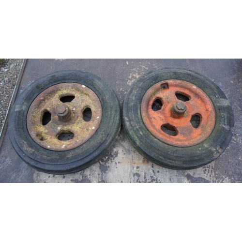 41 - 2 Fordson front wheels and tyres...