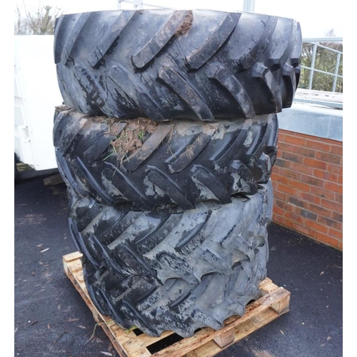 42 - 4 Tractor tyres 16