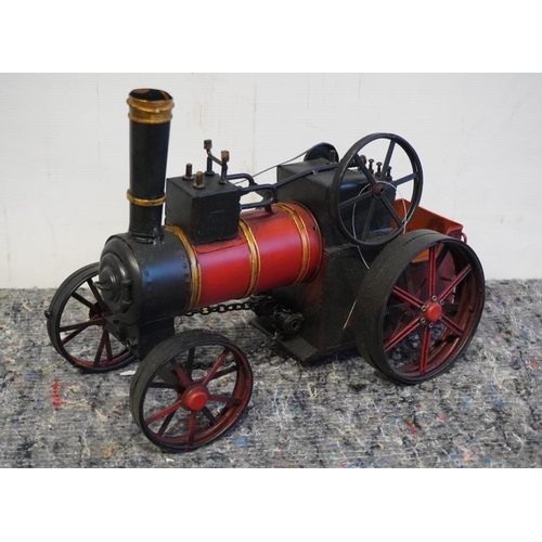 43 - Traction engine model...
