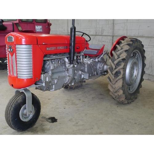 1565 - Massey Ferguson 65 tractor. 3 Wheel rowcrop tractor, Mk1, UK made, restored, runs and drives...