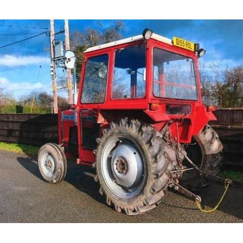 1570 - Massey Ferguson 230 tractor. 1985, 1 Former keeper. Reg. B155 RDL...