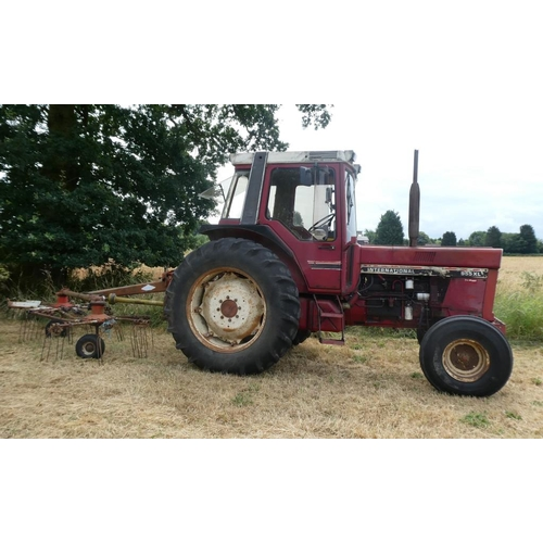 1581 - International 955XL tractor. 1982. Tidy, well cared for, in regular use. 3 Owners from new.V5...