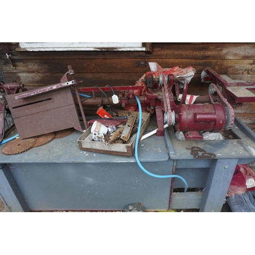 13 - Gryphon woodworking lathe...