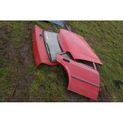 35 - Ford Mk3 Escort panels...