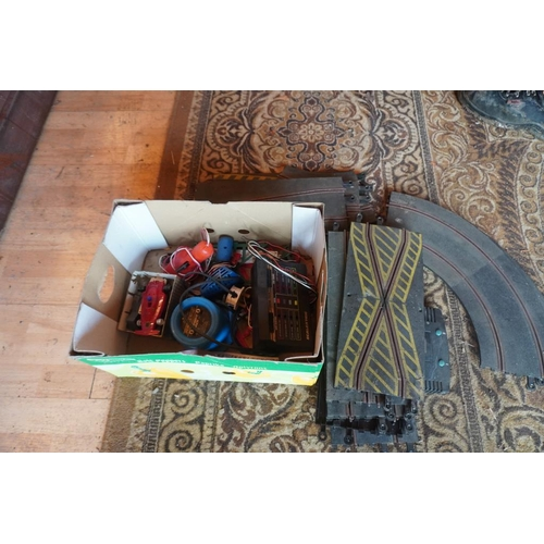 4 - Scalextric track and accessories...