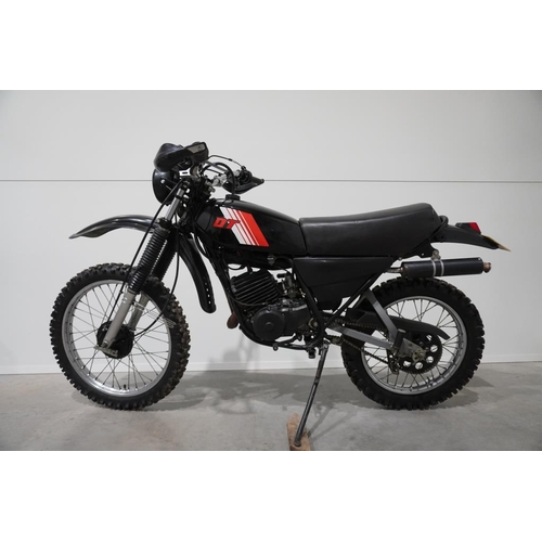 360 - Yamaha DT 175 trial bike. 1982. Very good condition. MOT. Reg JRP793Y. V5...