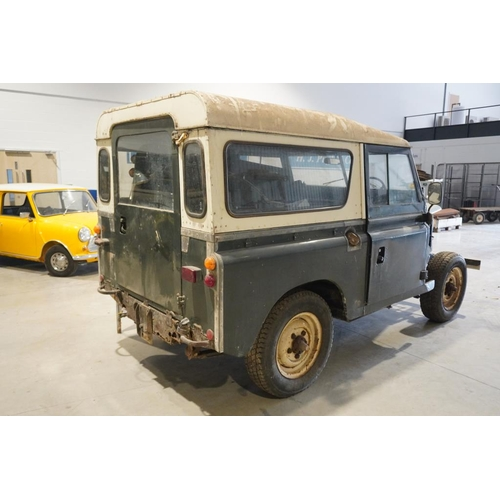 104 - Land Rover Series 3 88