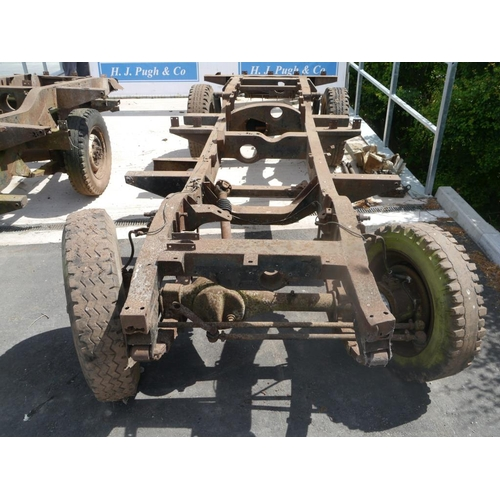 26 - Land Rover chassis...