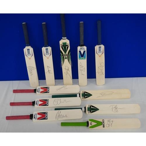 12 - 11 Signed mini cricket bats- Nottinghamshire county cricket club to include Alex Hales, Chris Read a...