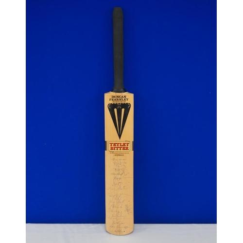 30 - Autographed cricket bat of 1993 Australia team including Alan Border, Steve Waugh, Ian Healey, Shane...